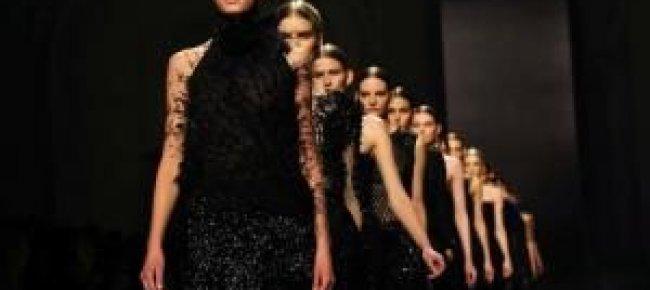 Libera TV - La moda a Milano è elegante e sobria 8781c3407e38