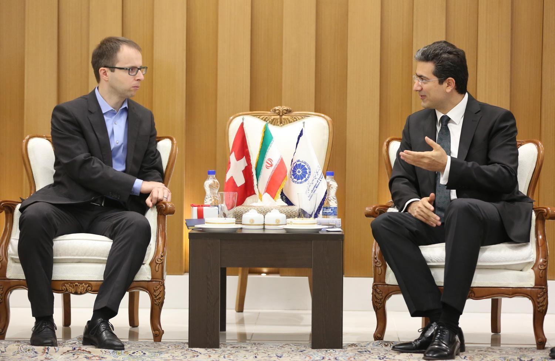 iraniani incontri doganali